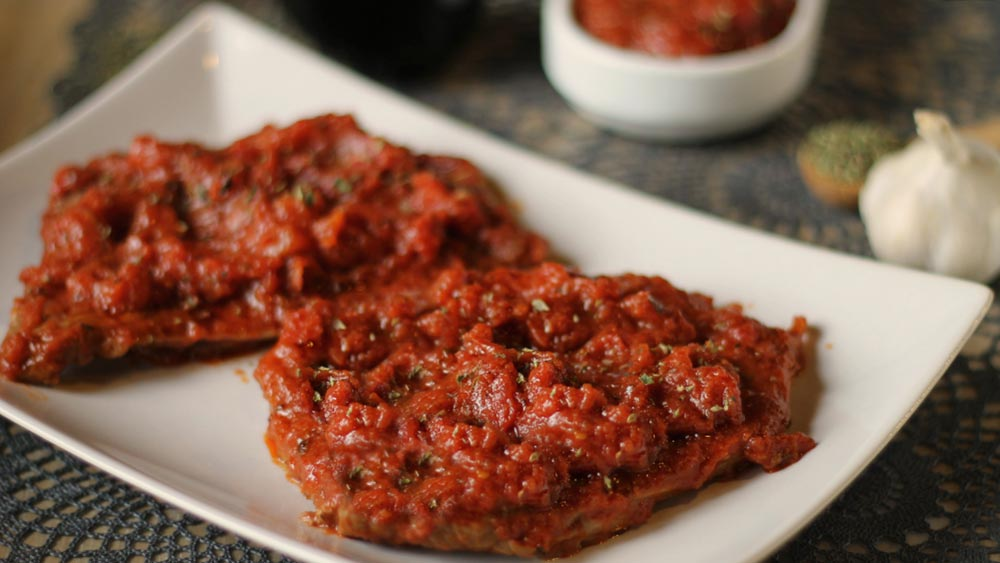 carne, ricetta carne alla pizzaiola, ricetta carne, ricetta con carne di manzo,